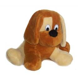 Pies duży leżący